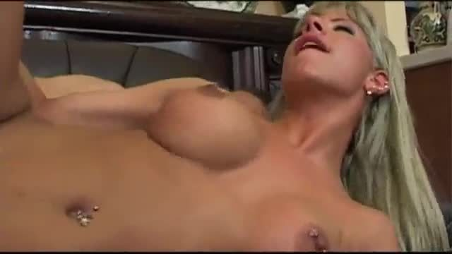 Horny slut with amazing boobs gets banged hard on the sofa after sucking cock
