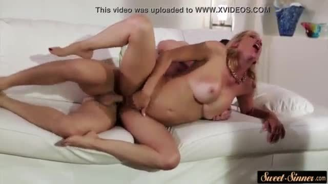Bigtits milf banged hard by her stepson